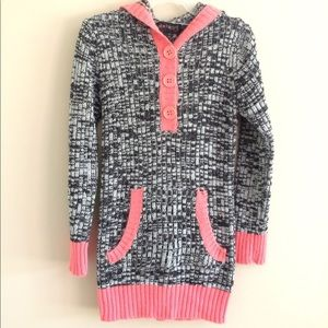 Other - Girls Long Sleeve Hooded Sweater Shirt